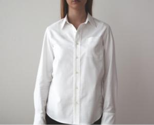 ONにもOFFにも使える1着は欲しい「定番」のシャツ