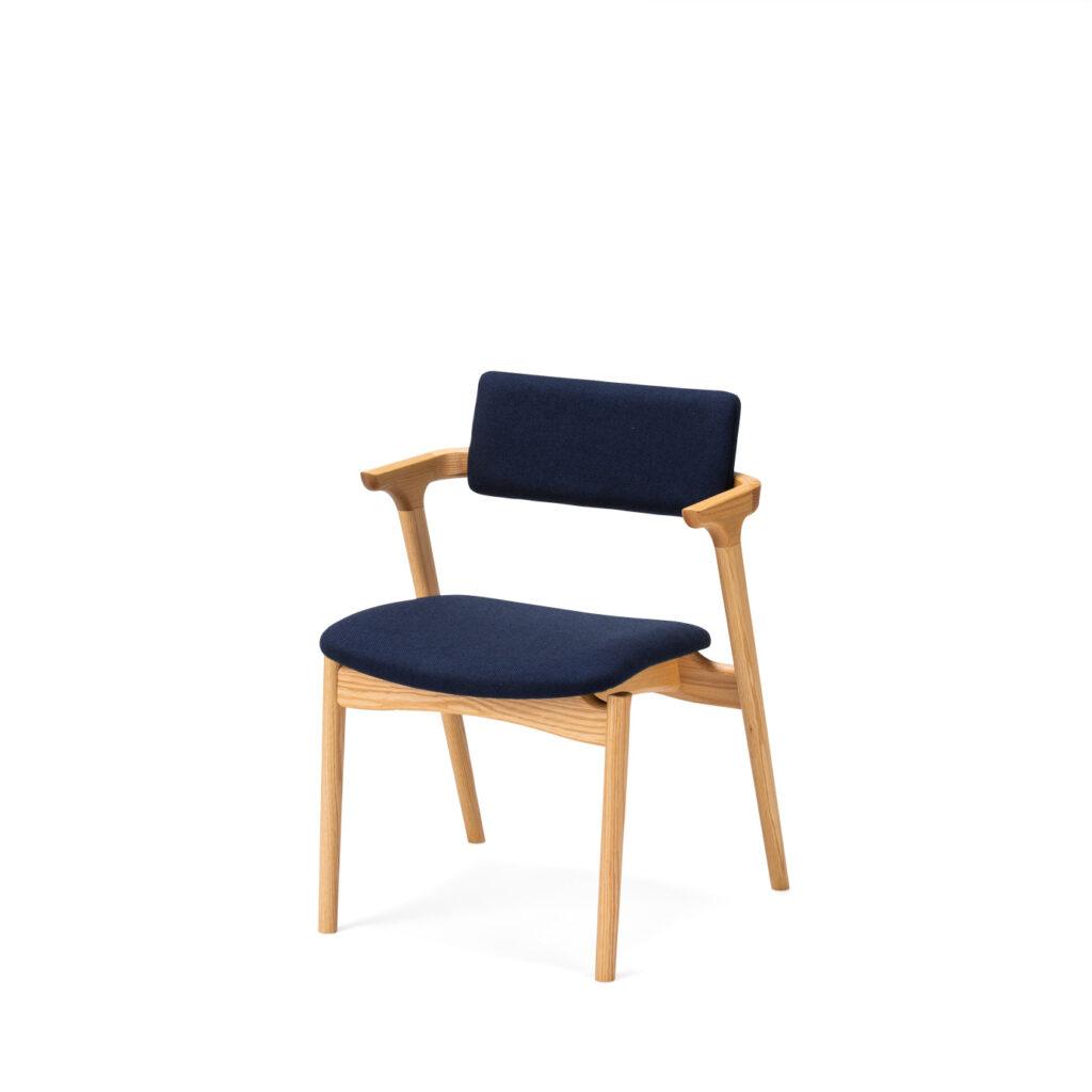 平田椅子製作所 CAPRA ハーフアームチェア